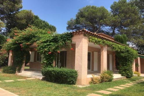 Villa de luxe à vendre CASTELNAU LE LEZ, 4 Chambres, 861000€