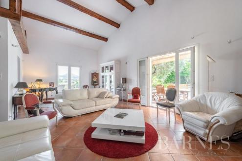 Villa de luxe à vendre MARSEILLE, 390 m², 13 Chambres, 1800000€