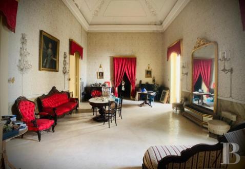 Propriété de luxe à vendre GALATINA, 900 m², 900000€
