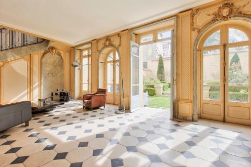 Hôtel particulier de luxe à vendre VERSAILLES, 357 m², 6 Chambres, 3000000€