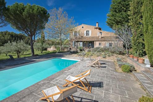 Casa di lusso in vendita VAUGINES, 223 m², 6 Camere, 995000€