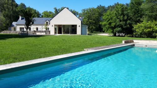 Propriété de luxe à vendre MEUNG SUR LOIRE, 429 m², 4 Chambres, 1060000€
