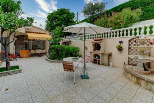 Maison de luxe à vendre MENTON, 200 m², 4 Chambres, 1225000€