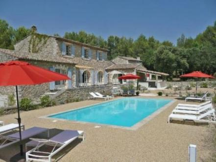 Maison de luxe à louer MENERBES, 300 m², 9 Chambres,