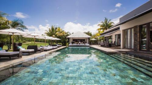Luxury Villa for sale Mauritius, 382 m², 5 Bedrooms, €6990000