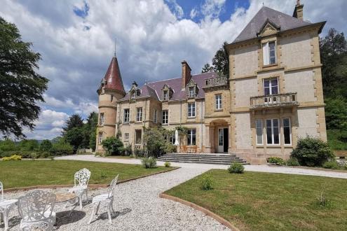Château / Manoir de luxe à vendre AUTUN, 1000 m², 11 Chambres, 1160000€