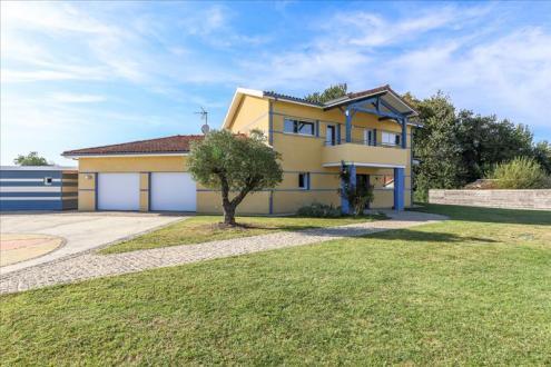 Maison de luxe à vendre HEUGAS, 300 m², 3 Chambres, 863200€