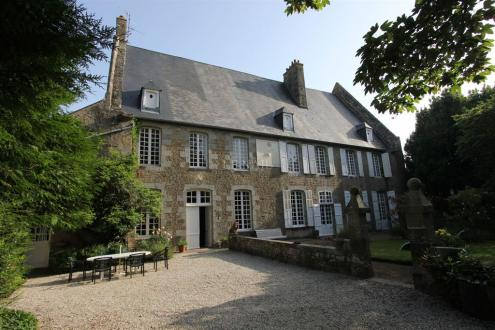 Luxury Castle for sale AVRANCHES, 500 m², 8 Bedrooms, € 985 000