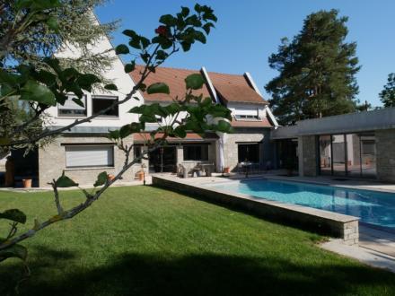 Luxus-Haus zu verkaufen BOURGOIN JALLIEU, 330 m², 5 Schlafzimmer, 960000€