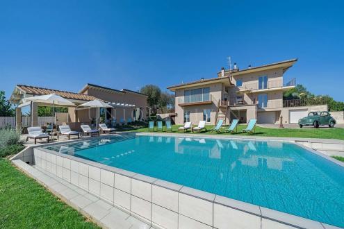 Villa de luxe à vendre CORTONA, 880 m², 7 Chambres, 3700000€