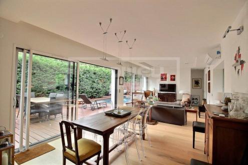 Maison de luxe à vendre GUJAN MESTRAS, 110 m², 3 Chambres, 698000€