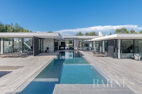 Casa di lusso in vendita FLASSANS SUR ISSOLE, 280 m², 3 Camere, 2150000€