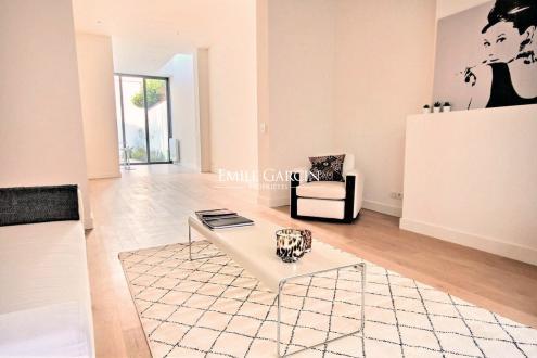 Proprietà di lusso in vendita IXELLES, 385 m², 5 Camere, 1425000€