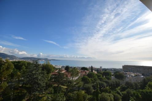 Appartement de luxe à vendre NICE, 120 m², 4 Chambres, 795000€