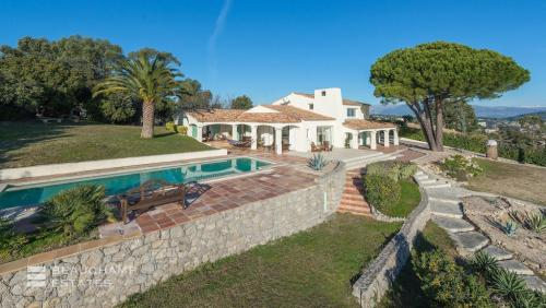 Luxury House for rent CANNES, 275 m²,