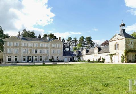 Château / Manoir de luxe à vendre ORLEANS, 700 m², 10 Chambres, 1970000€