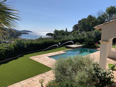 Villa de luxe à vendre LE LAVANDOU, 246 m², 5 Chambres, 1380000€
