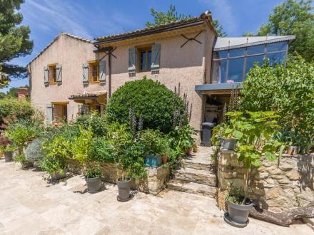 Maison de luxe à vendre LAMBESC, 175 m², 5 Chambres, 599000€
