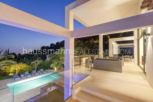 Maison de luxe à louer VILLEFRANCHE SUR MER, 350 m², 6 Chambres,
