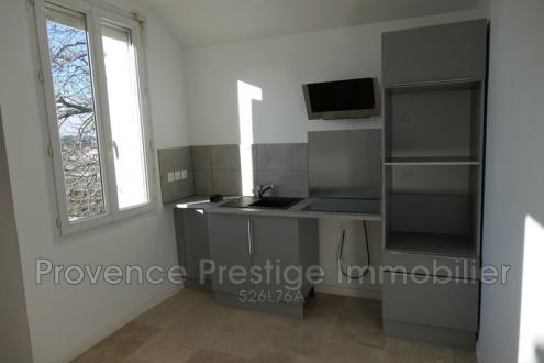 Appartement de luxe à louer BOUC BEL AIR, 50 m², 2 Chambres, 700€/mois