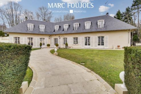 Maison de luxe à vendre BEAUVAIS, 397 m², 4 Chambres, 900000€