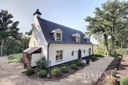Maison de luxe à vendre LASNE, 353 m², 4 Chambres, 1395000€