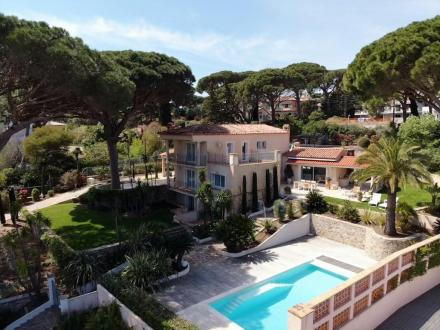 Luxury House for rent SAINTE MAXIME, 250 m², 4 Bedrooms,