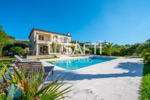 Villa de luxe à vendre SAINT TROPEZ, 200 m², 4 Chambres, 2799000€