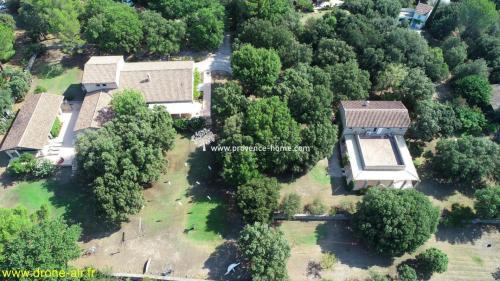 Luxus-Liegenschaft zu verkaufen L'ISLE SUR LA SORGUE, 340 m², 4 Schlafzimmer, 1550000€