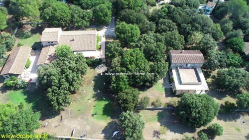 Luxus-Liegenschaft zu verkaufen L'ISLE SUR LA SORGUE, 340 m², 4 Schlafzimmer, 1475000€