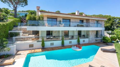 Luxury House for rent SAINT JEAN CAP FERRAT, 330 m², 5 Bedrooms,