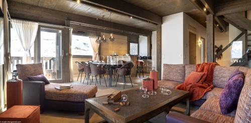 Casale di lusso in vendita COMBLOUX, 193 m², 5 Camere, 2089500€