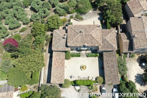 Luxury Property for sale GORDES, 400 m², 8 Bedrooms, €1425000