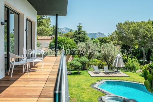 Maison de luxe à louer SAINT JEAN CAP FERRAT, 300 m², 4 Chambres,