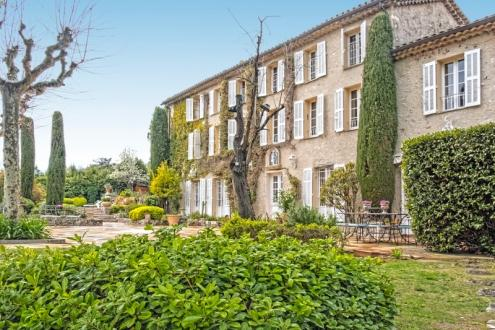 Luxury Property for sale MOUGINS, 336 m², 6 Bedrooms, €2650000