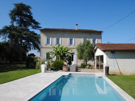 Maison de luxe à vendre SAINT EMILION, 310 m², 5 Chambres, 685000€