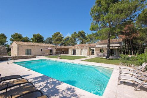 Luxury House for rent MENERBES, 200 m², 4 Bedrooms,