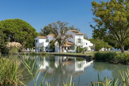Propriété de luxe à vendre SAINTES MARIES DE LA MER, 250 m², 7 Chambres, 1260000€