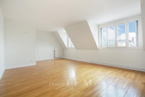 Appartement de luxe à louer PARIS 16E, 130 m², 3 Chambres, 3699€/mois
