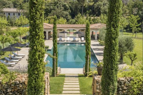 Luxe Huis te huur LA COLLE SUR LOUP, 550 m², 7 Slaapkamers,