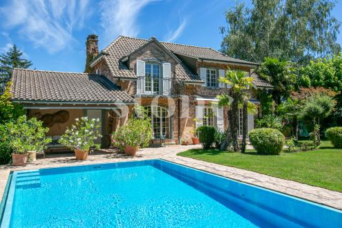Maison de luxe à vendre Thônex, 220 m², 2600000CHF