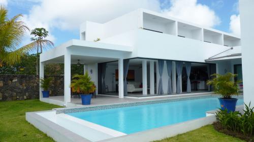 Luxury Villa for sale Mauritius, 620 m², 5 Bedrooms, €1173893