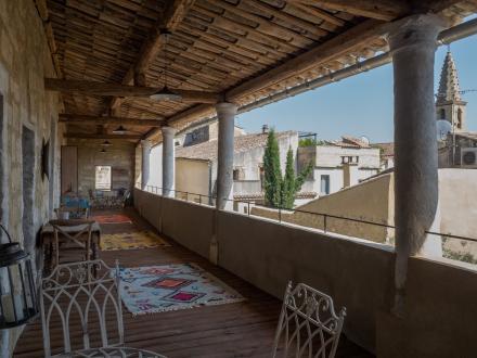 Maison de luxe à louer UZES, 240 m², 5 Chambres,