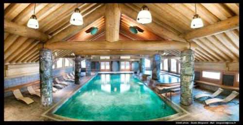 Luxus-Wohnung zu vermieten MONTVALEZAN, 110 m², 4 Schlafzimmer,