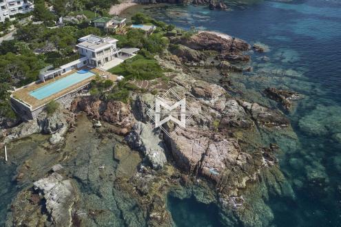 Поместье класса люкс на продажу  Аге, 434 м², 6 Спальни, 10500000€
