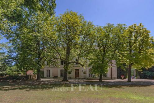 Château / Manoir de luxe à vendre MORMOIRON, 800 m², 7 Chambres, 2990000€