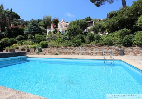 Villa de luxe à vendre LE LAVANDOU, 170 m², 5 Chambres, 2400000€