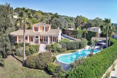 Maison de luxe à vendre MOUANS SARTOUX, 220 m², 3 Chambres, 1080000€