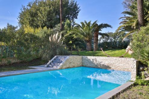 Maison de luxe à vendre ANTIBES, 200 m², 4 Chambres, 1445000€
