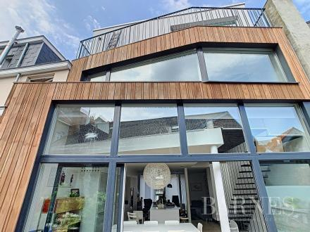 Luxus-Haus zu verkaufen ELSENE, 390 m², 5 Schlafzimmer, 1390000€